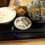 三條尾張屋 - 三條尾張屋の天ぷらそばの定食880円(11.11)
