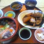 ふみ屋 - ¥1500(税込) 海鮮丼定食