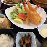 海陽亭 - エビフライ定食