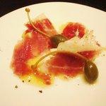 ヴィネリア・リンコントロ - 前菜のハモンセラーノ