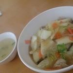 中華料理 広東 - 中華丼