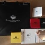 ピエール マルコリーニ - 2015年1月:福袋(\3240)…プラリネアソート、パレファンボックス、チュアオタブレット、キャンディ型のチョコが2味入っていました