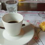OFFICINA DELLA BISTECCA - Caffe alla moka e torta all'olio e.v.o.