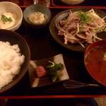 食堂 おさか - お肉の定食