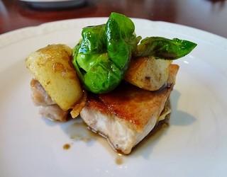 ビストロ イイダ - 豚ロース肉のポワレ