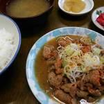 川岸屋 - もつ煮定食
