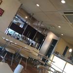 ブルーフラットカフェ - 喫煙席