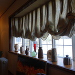 大膳 - 大きな出窓アリ