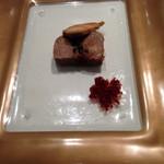 シェ・イノ - キジの肉、イチヂク、鴨のフォアグラ燻製