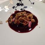 シェ・イノ - 牡蠣のフライ赤ワインソース