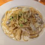 35148083 - 牡蠣と白菜のクリームソース