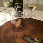 リストランテ サクラ - クリスマスディナー       白トリュフとこちらのワインが合いすぎます。。。