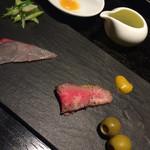 35155290 - 築地よりの旬魚のカルパッチョ・尾崎牛の低温ロースト・オリーブ