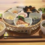 オーガニックカフェ チャント - 料理写真:花ランチ。