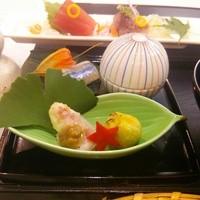 オーガニックカフェ チャント - オーガニック懐石コースの前菜の一例。