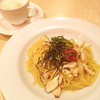 グラッチェガーデンズ  - 料理写真:蒸し鶏の和風梅しそスパゲッティ