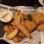 35159538 - 1 bite sized fish & chips