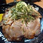 伝説のすた丼屋 - チャーシュー丼(690円)