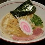 麺屋まる - 鶏魚介らーめん 700円