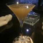 琥珀 - 『サイドカー』様ブランデーの上質なお味とコアントロの柑橘系の香りがいいですね♪