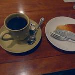 六分儀 - ストロングブレンド&チーズケーキ