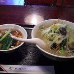 中国料理興安楼 - タンメンと中華丼(小)のセット850円