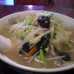 中国料理興安楼 - 野菜たっぷりのタンメン