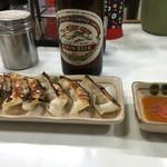 秀ちゃん - ギョーザとビール