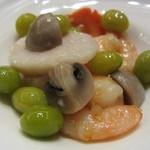 35184885 - 銀杏入り小海老と帆立貝の炒め物