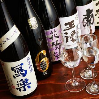 肉に合わせて選べる日本酒は、常時20種類以上ご用意!
