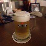 BUNT - ビールはハイネケンです