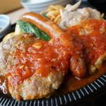 レストラン 味禄 - ハンバーグロングウィンナチキン