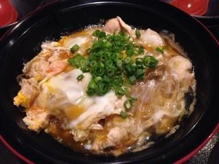 みやざき地頭鶏炭火焼 Kutsurogi 三四郎