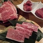 35200760 - お肉さん達