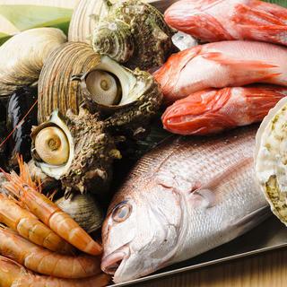 豊富な鮮魚たち!特にエビ&カニが大人気♪