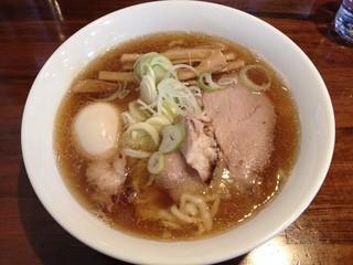 麺 一直 - ラーメン(700円)+味玉(100円)