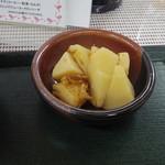 35207216 - 【ワンコインランチ】 鶏肉の七味タルタル焼き