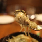 ボンボネーラ - 牡蠣のアヒージョ