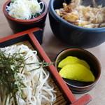 強清水元祖清水屋 - 天丼とざるそばセット(¥700税込み)安っ!