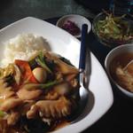 中華食酒処 さいらい亭 - 中華丼