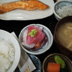舞浜 - さけ定食