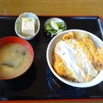 文月食堂 - 料理写真:カツ丼(850円)