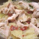 月のせせらぎ - 日替り鍋御膳 500円 のつゆが煮詰まった段階で入れたモツ
