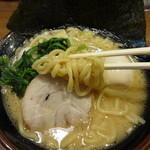 Ittouya - 中太麺