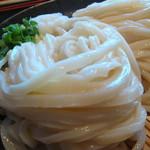 松製麺所 - ざる大は艶とほどよい食感がええぞ・腰がほどほどがええわい♬