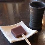 35215724 - デザートのコーヒー&羊羹