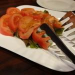 カナピナ - トマトサラダ