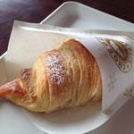 サンマルク・カフェ - ホワイトチョコクロ