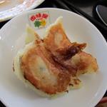 百味屋 - 手作り感有る焼き餃子