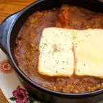 ジョーハウス - 料理写真:マリボーチーズカレー\890